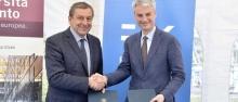 Firma dell'accordo tra Profumo e Collini ©GiovanniCavulli